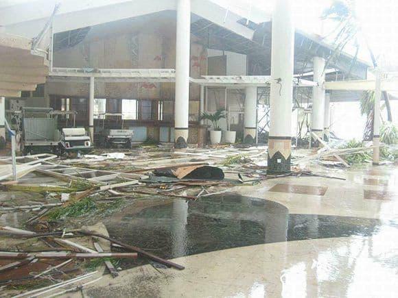 """Пораженията в популярния туристически комплекс """"Кайо Коко"""" са сериозни. Снимка: Cubadebate"""