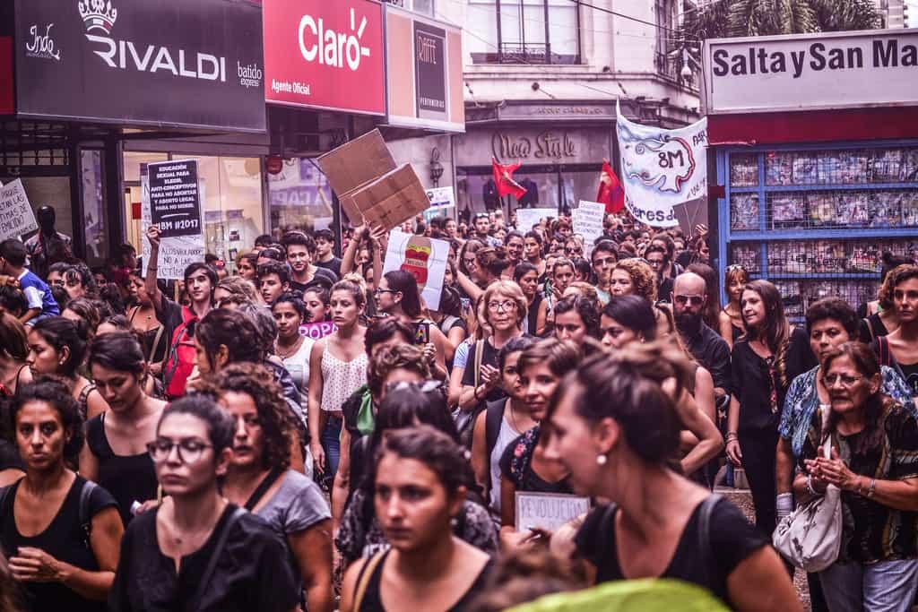 Жителки на аржентинския град Санта Фе също се включиха в женската глобална работническа стачка, която заля света на 8 март 2017 г. Снимка: Уикипедия