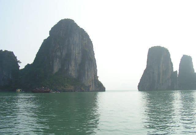 Пейзажите на Ха Лонг са изкушавали не една и две филмови продукции. Снимка: Къдринка Къдринова
