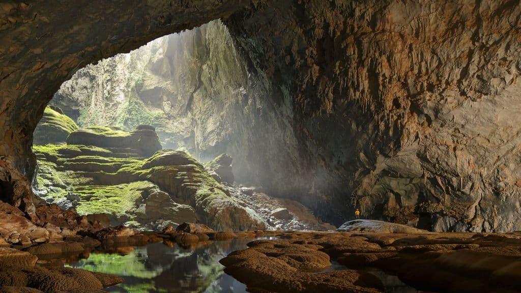 Шон Донг се смята за най-голямата пещера в света.