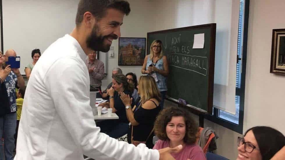 Жерар Пике също даде своя вот. Снимка: Туитър