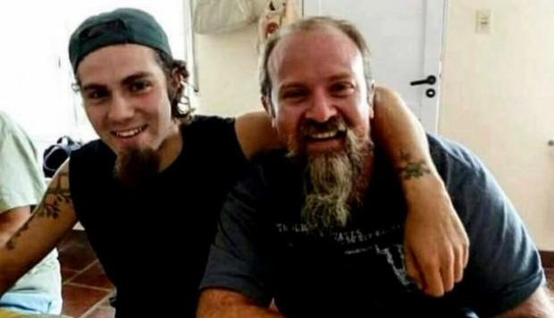 Братята Сантяго (вляво) и Серхио Малдонадо в щастливото време преди драмата да настигне Сантяго. Снимка: Фейсбук