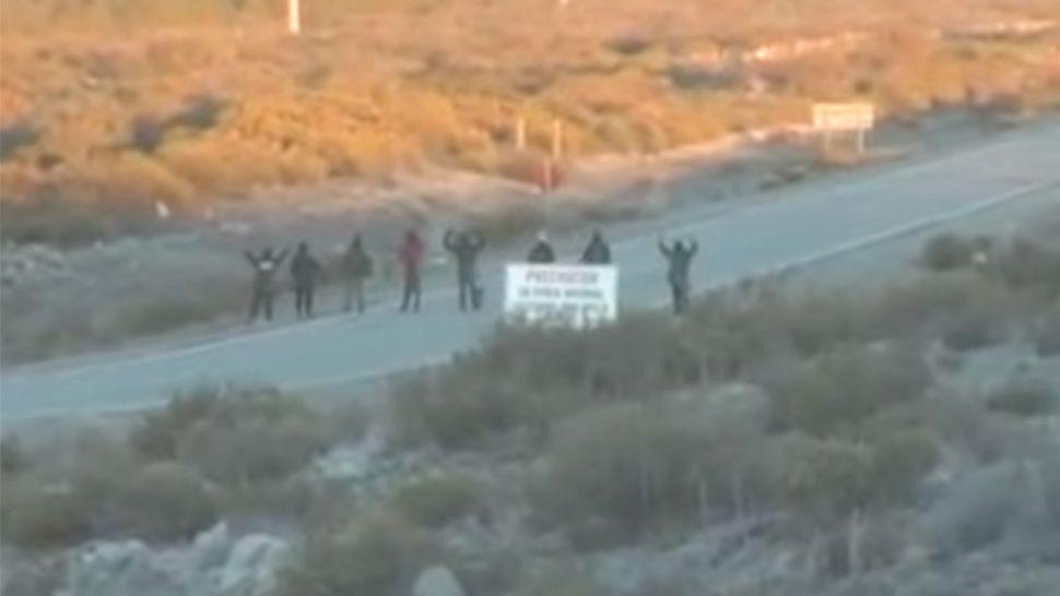 Протестът на индианците мапуче в Патагония, в който на 31 юли и 1 август участва Сантяго Малдонадо. Снимка: La Cronica
