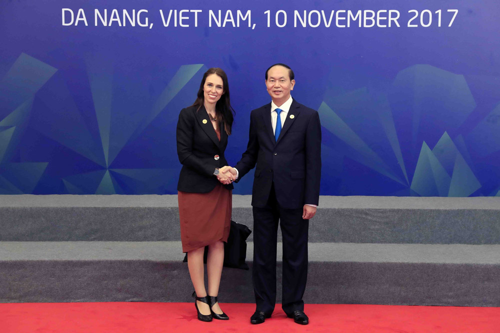 Новозеландската министър-председателка Джасинда Ардерн и виетнамският президент Чан Дай Куанг на срещата на АРЕС в Да Нанг