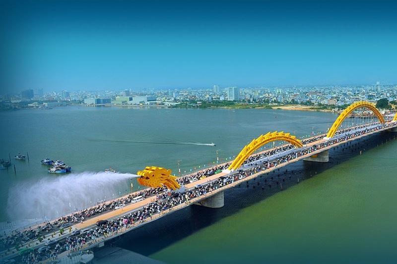 Мостът-дракон е най-популярната емблема на Да Нанг днес