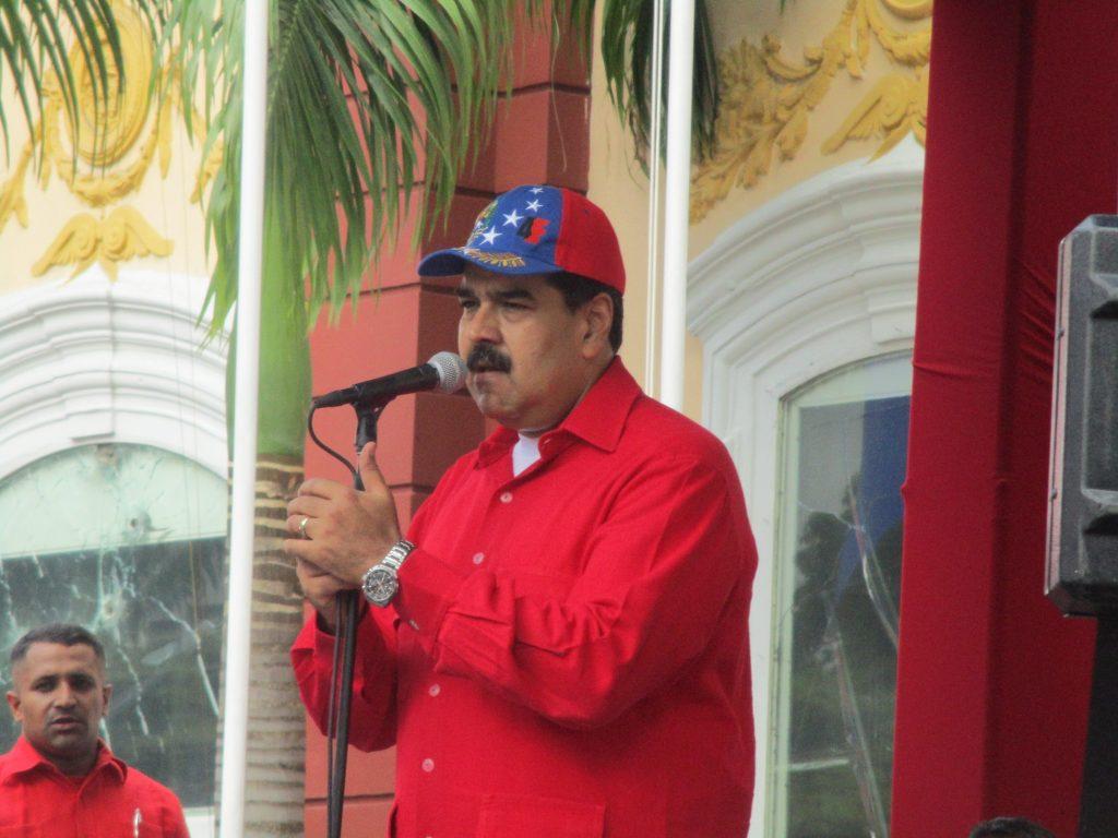 """Николас Мадуро по време на речта си пред големия митинг край президентския дворец """"Мирафлорес"""" на 19 септември 2017 г Снимка: Къдринка Къдринова"""