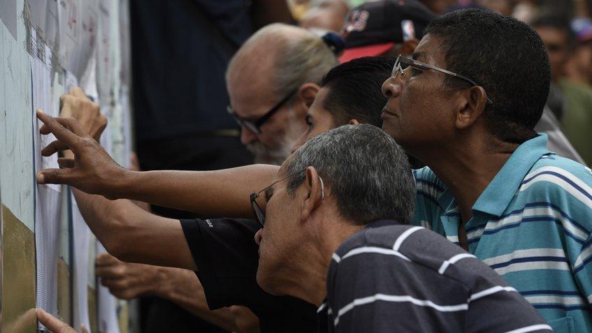 Губернаторските и местните избори бяха спечелени от управляващата Единна социалистическа партия на Венесуела.