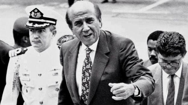 Карлос Андрес Перес управлява два пъти Венесуела. Успешно–през мандата му 1974-1980 г., и катастрофално–през мандата му 1989-1994 г.