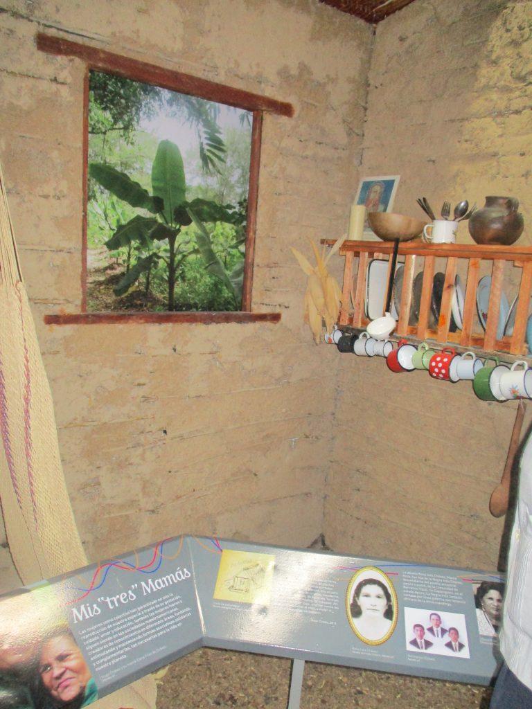 Възстановка на интериора на селската къща на бабата на Чавес, където той е израснал заедно с двама от братята си. Снимка: Къдринка Къдринова