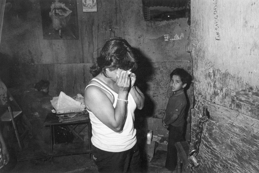 Мизерията, в която преди началото на Боливарската революция живеят 75% от венесуелците, често води до отчаяние бедните семейства