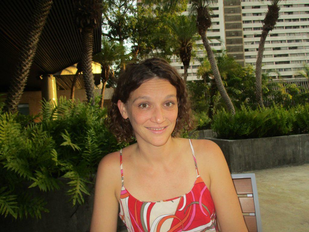 """Белгийката Алесандра Моненс е основателка на движението и сайта Venesol (""""Венесуелско слънце""""), който разпространява информация за реалното положение във Венесуела. Снимка: Къдринка Къдринова"""
