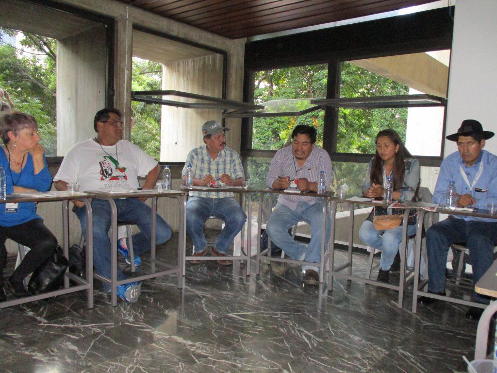 """В университета по изкуствата заседаваха и работните маси на форума """"Всички сме Венесуела"""". Снимка: Къдринка Къдринова"""