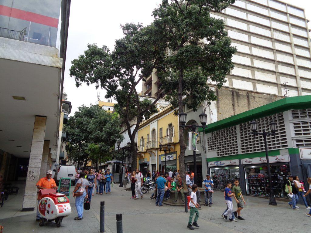 """Около площад """"Ел Венесолано"""". Снимка: Къдринка Къдринова"""