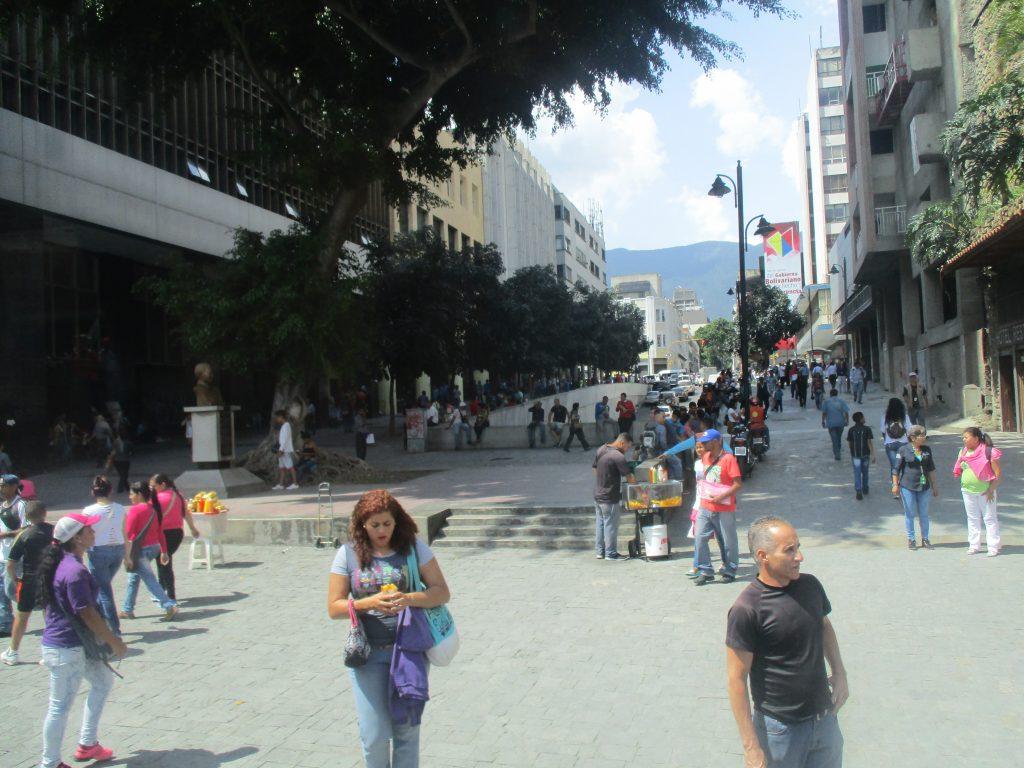 Пешеходна зона в Каракас. Снимка: Къдринка Къдринова
