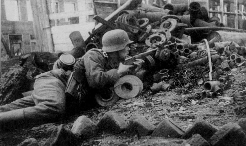 Немските войници са стъписани от ожесточената съпротива на защитниците на Сталинград. Снимка: РИА