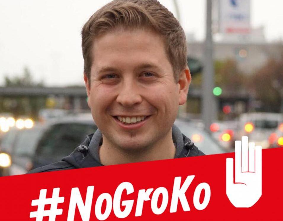 """Кевин Кюнерт е сложил върху профилната си снимка във Фейсбук хаштага NoGroKo–тоест """"не на голямата коалиция между ГСДП и ХДП/ХСС""""."""