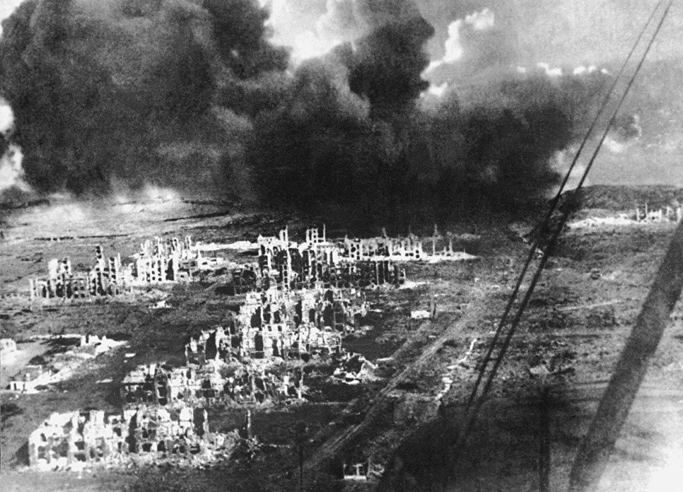 Епохалната битка оставя Сталинград напълно разрушен. Но след войната е построен наново. Снимка: РИА