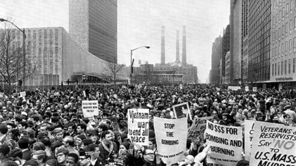 Масова антивоенна проява в Ню Йорк. Снимка: архив