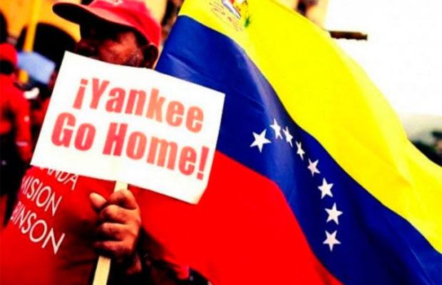 """Движението за солидарност с Венесуела откликва на агресивната ескалация със свои плакати. """"Янки, вървете си!""""–пише на този. Снимка: Resumenlatinoamericano"""