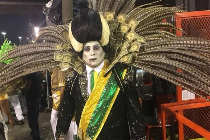"""Школата Paraiso do Tuiuti (""""Раят на Туюти"""") взе втора награда,, показвайки президента Мишел Темер като вампир. Снимка: Туитър"""