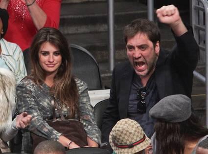Пенелопе Крус и Хавиер Бардем са известни с активните си леви позиции по много обществено-политически проблеми. Снимка: El Publico