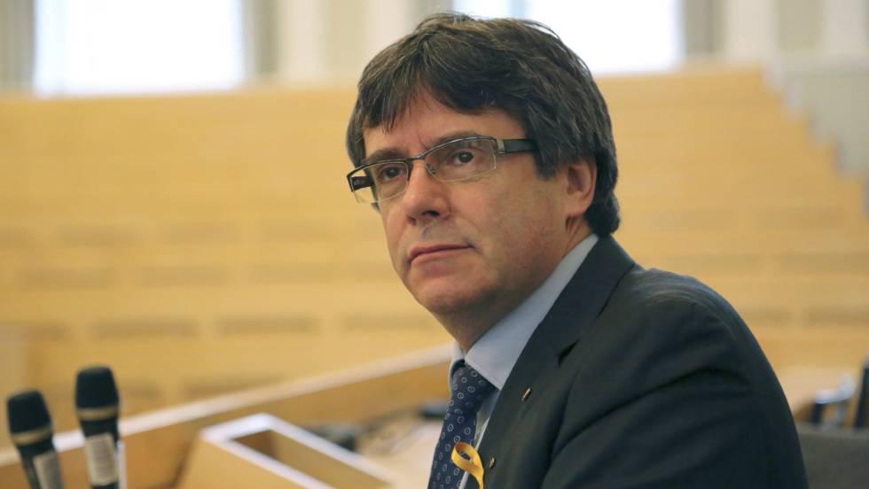 Карлес Пучдемон в аудиторията в Университета на Хелзинки, където изнесе лекция преди да се стигне до ареста му в Германия. Снимка: EFE