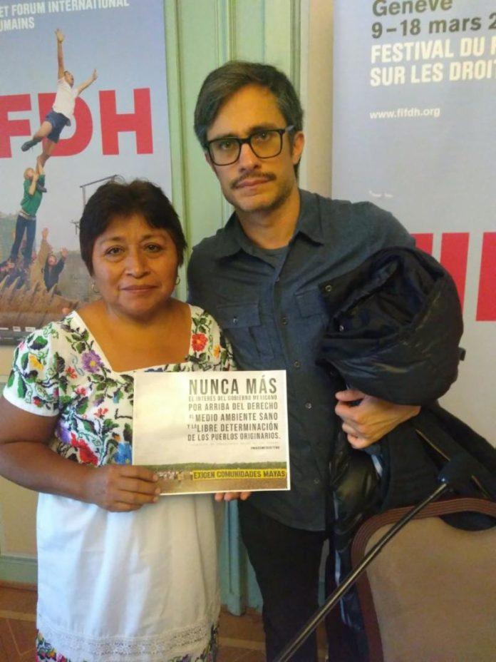 И в Женева Гаел Гарсия Бернал остана верен на подкрепата си за индианските общности и техните права, привличайки вниманието на медиите към темата. Снимка: El Universal