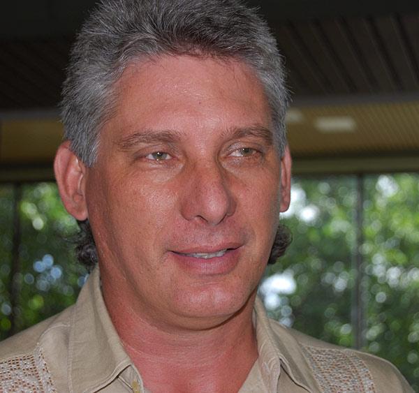 Мигел Диас-Канел е един от най-успешните министри на висшето образование в Куба. Снимка: Granma