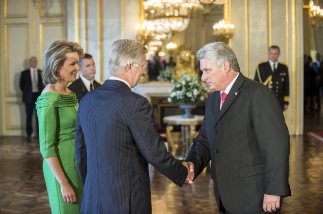 Като вицепрезидент на Куба Диас-Канел е бил приеман и от краля на Белгия Филип и кралица Матилд. Снимка: EFE