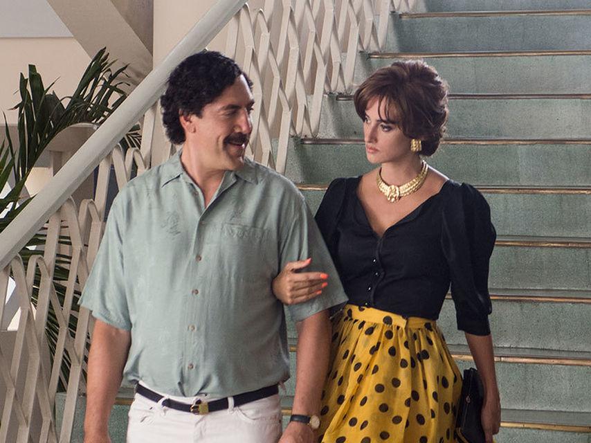 """Хавиер Бардем като Пабло Ескобар и Пенелопе Крус като Вирхиния Вайехо в """"Да обичаш Пабло"""". Снимка: El Pais"""