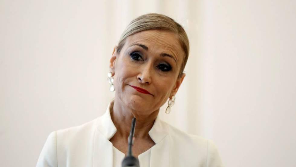 Кристина Сифуентес по време на пресконференцията си в Мадрид, на която обяви своята оставка. Снимка: El Pais
