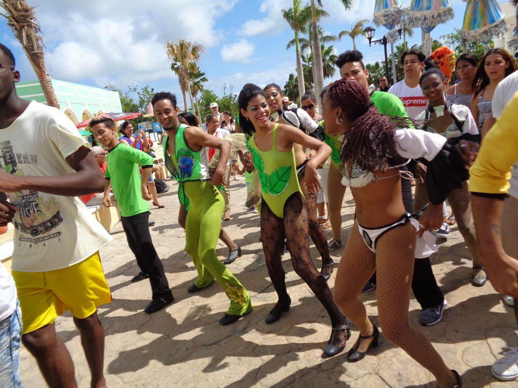 Кубинският темперамент съпровождаше всички прояви на FITCuba2018. Снимка: Къдринка Къдринова