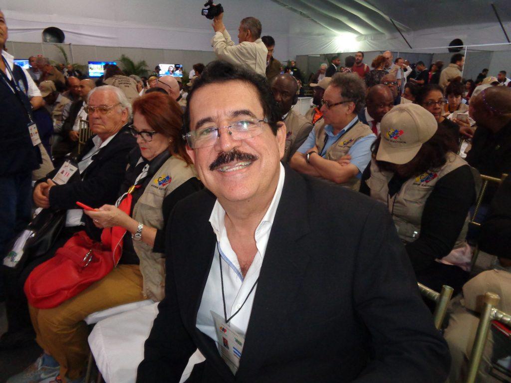 Мануел Селая, бившият президент на Хондурас, свален с преврат през 2009 г., бе наблюдател на изборите във Венесуела. Снимка: Къдринка Къдринова