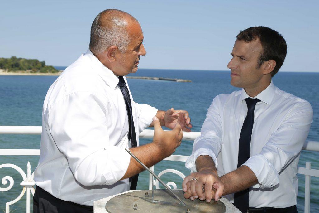 Бойко Борисов и Еманюел Макрон по време на посещението на френския президент в България през август 2017 г. Снимка: gov.bg