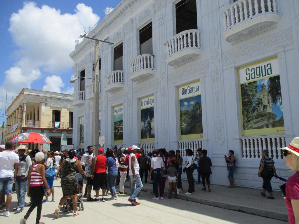 """""""Пясъчният дворец"""" в Сагуа Ла Гранде. Снимка: Къдринка Къдринова"""