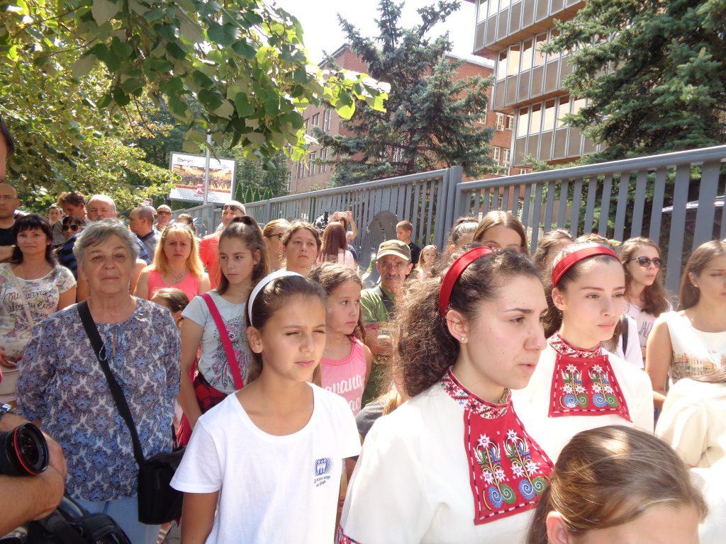 Още един момент от протеста на Детския радиохор. Снимка: Къдринка Къринова