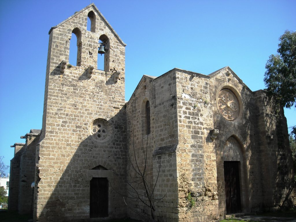 """Църквата """"Свети Георги Ексоринос"""" в стария град на Фамагуста е единствената, в която днес кипърските гърци могат да честват големи християнски празници. Снимка: Бранислава Бобанац"""