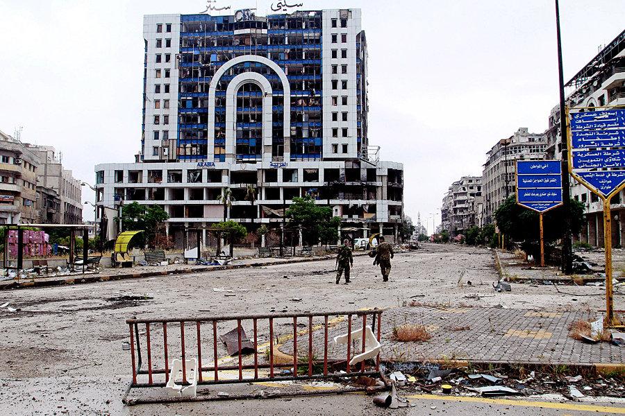 Площадът със стария часовник в Хомс сега, след разрушенията от войната. Снимка: архив на авторката