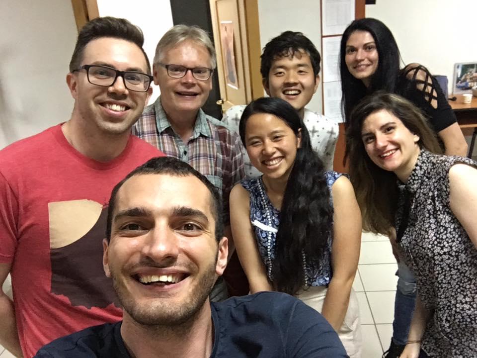 Студентите обожаваха Александър Федотов, защото той лесно общуваше с тях и умееше да се радва на живота също като тях. Снимка: Фейсбук