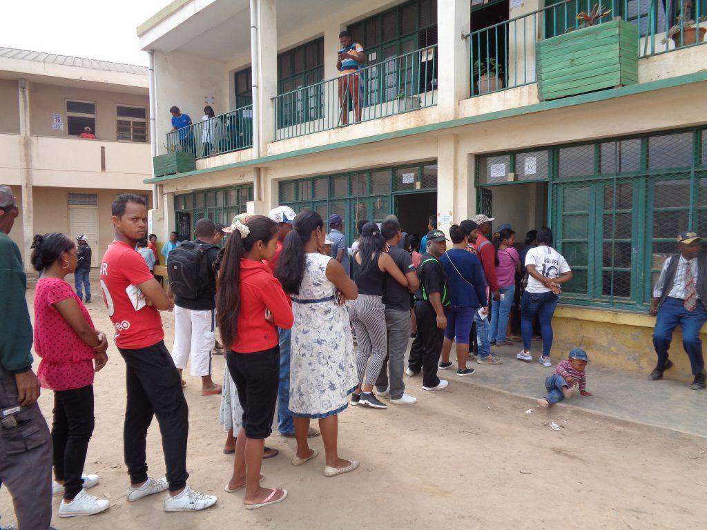 Опашка за гласуване. Снимка: Къдринка Къдринова