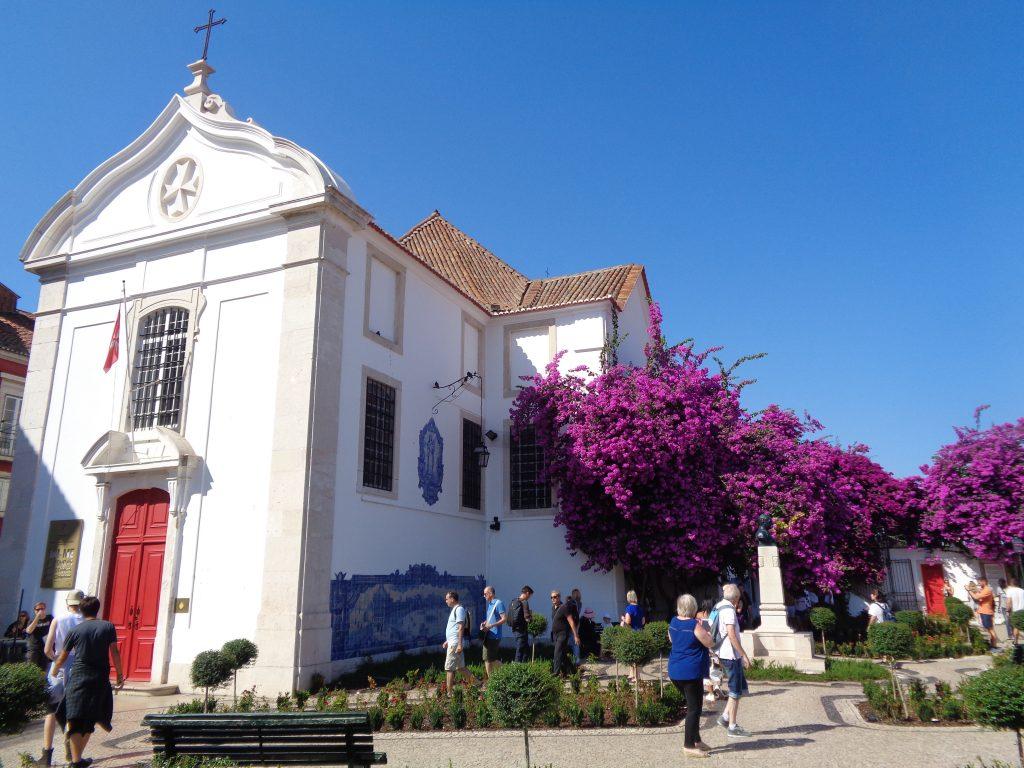 """Църквата """"Санта Лузия"""" на едноименната панорамна площадка. Снимка: Къдринка Къдринова"""