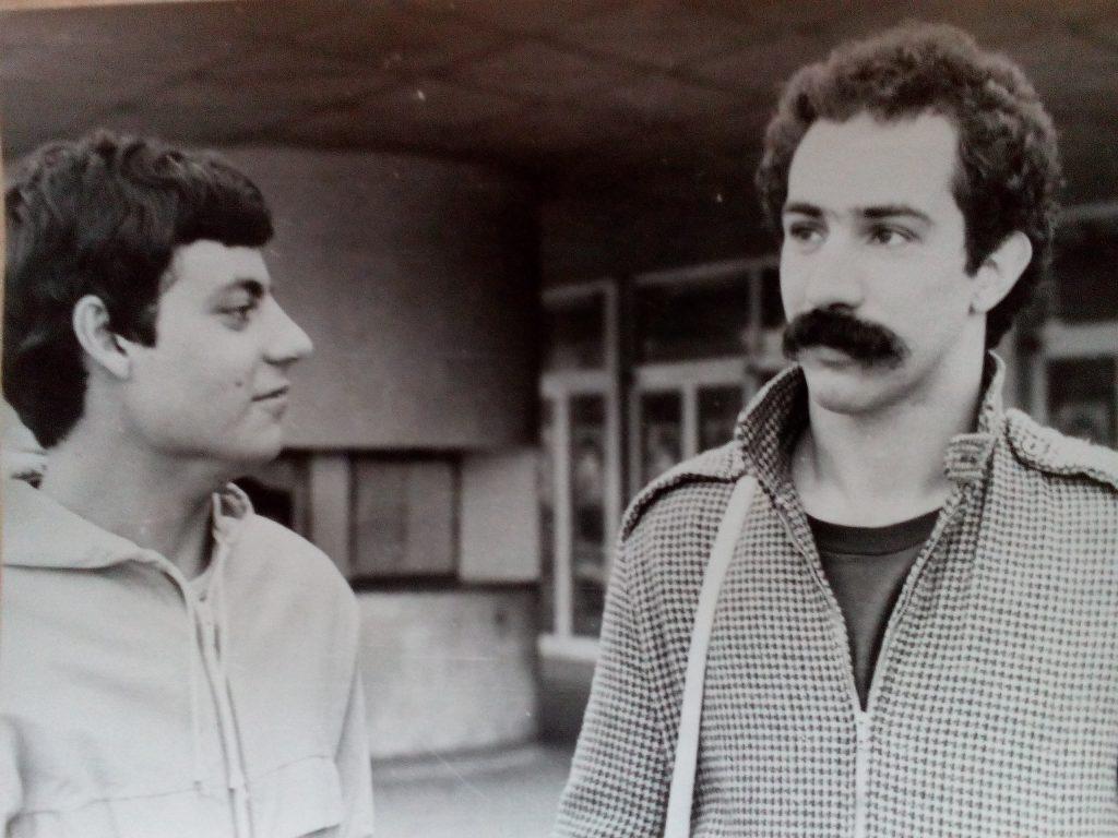 Пауло Тожейра (вдясно) като студент в България през 70-те и 80-те години на 20 век, заедно с приятел от Бразилия. Снимка: Къдринка Къринова