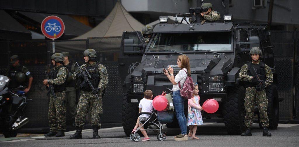Драконовските мерки за сигурност превърнаха Буенос Айрес почти в окупиран град през дните на форума на Г-20. Снимка: Resumen Latinoamericano