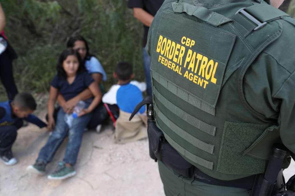 Арестите в САЩ на семейства нелегални мигранти са се увеличили с 1 866% спрямо края на миналата година. Снимка: Today Trail