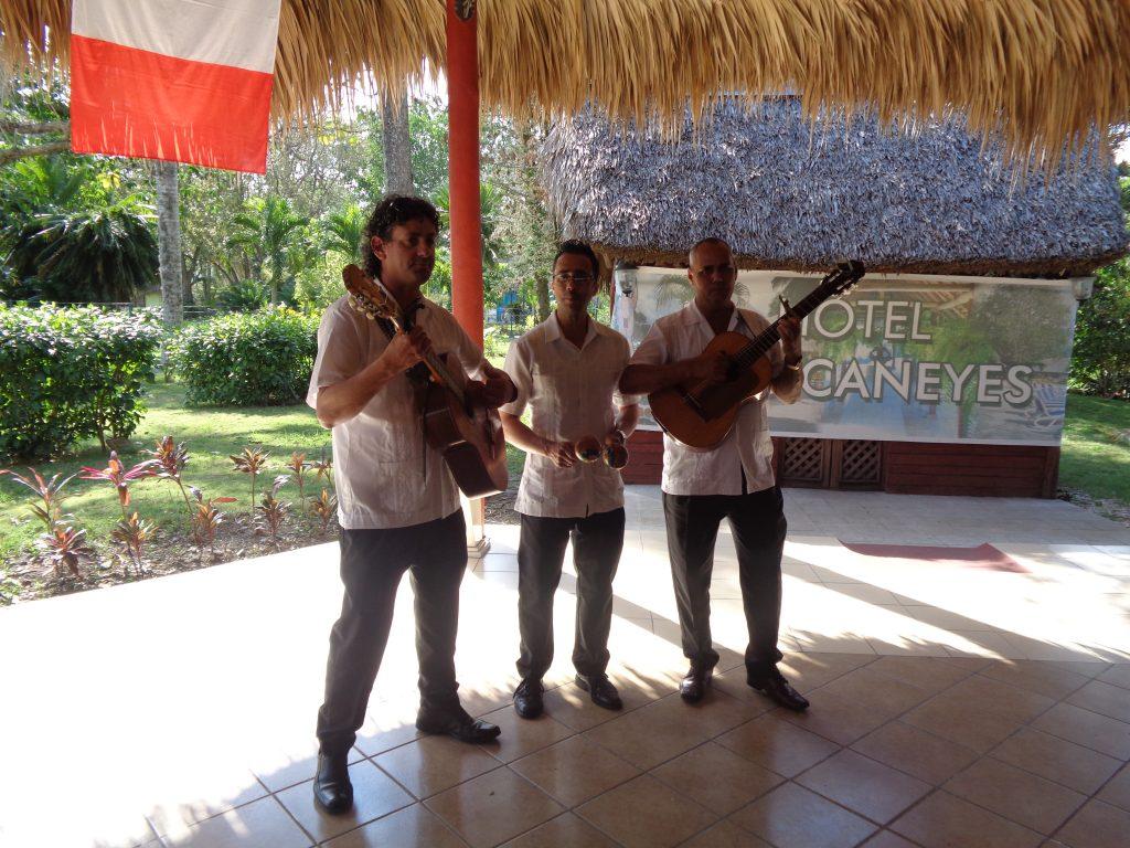 Песента за Че Гевара ни посреща на входа на почивния комплекс Los Caneyes. Снимка: Къдринка Къдринова