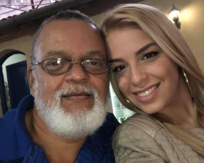 Майито Гутиерес с внучката си Шейла Боса, която също е певица