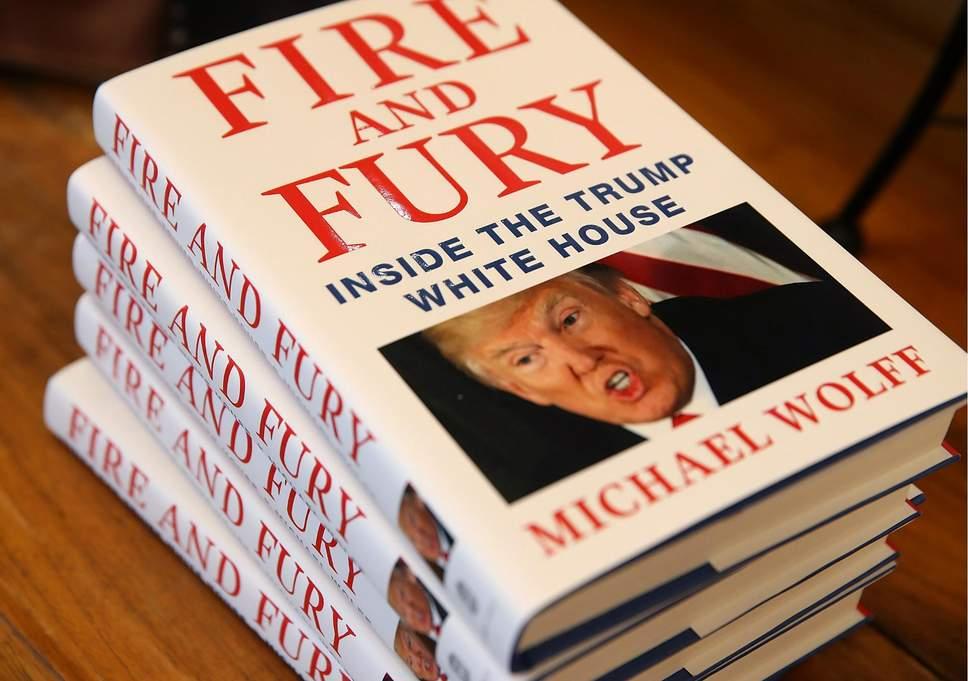 """Книгата """"Огън и гняв"""""""
