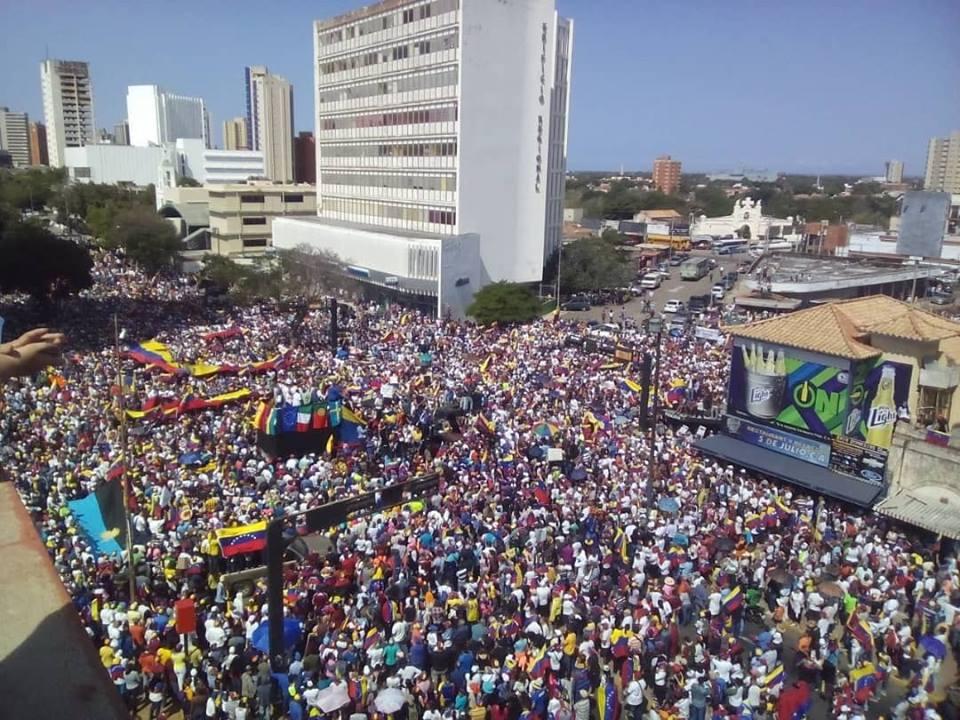 Още един кадър от опозиционния митинг в Каракас на 2 февруари. Снимка: Фейсбук