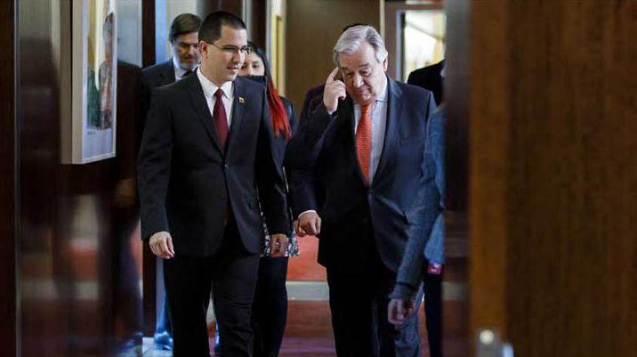 Външният министър на Венесуела Хорхе Ареаса (вляво) и генералният секретар на ООН Антонио Гутериш. Снимка: Chavez Vive