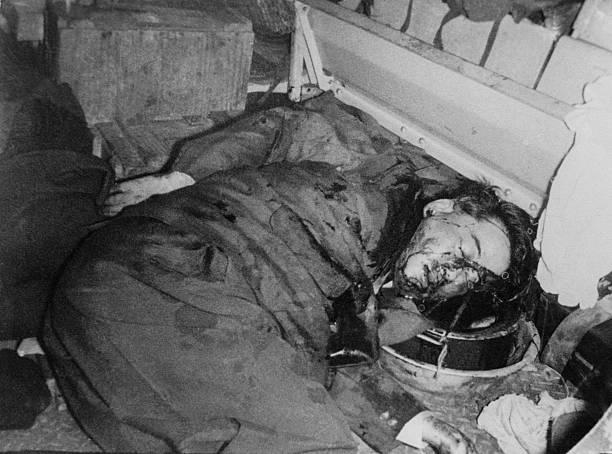Трупът на Нго Дин Дием, свален спреврат и убит по нареждане на ЦРУ през 1963 г. Снимка: Уикипедия